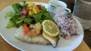 アロマカフェの白身魚ソテー