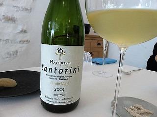 サントリーニ島のワイン
