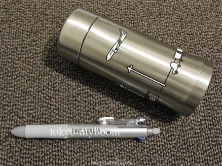 エアドゥのボトルとペン