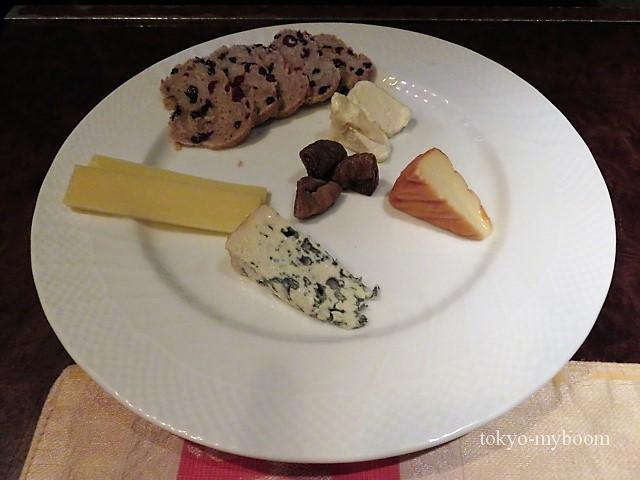 シノワのチーズ盛り合わせ