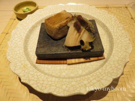焼き胡麻豆腐と鮑