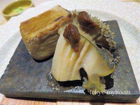 焼き胡麻豆腐と鮑アップ