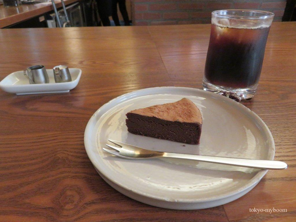 河原町三条カフェおしゃれ人気喫茶葦島