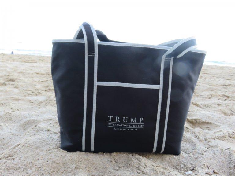 トランプホテルのビーチバッグ